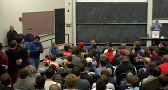 Kako je visoki funkcionar SD Jernej Štromajer v ZDA raziskoval, kaj je sovražni govor, in kaj se je ob tem naučil (video)