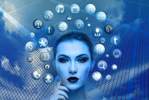 Ste prebrali pogoje uporabe na aplikaciji Faceapp, ki vašo sliko navidezno postara? Morda bi jih morali.