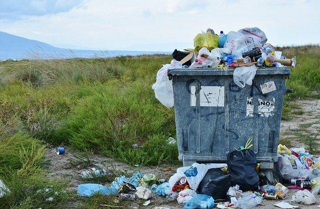 Maribor s spremembo odloka z višjimi kaznimi za napačno odlaganje odpadkov in ločenim zbiranjem odpadkov na prireditvah