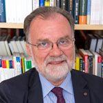 dr. Andrej Fink